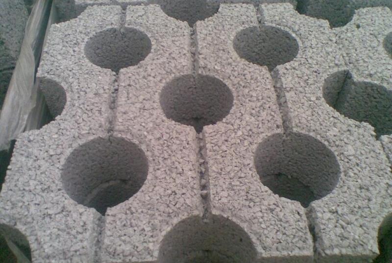 路侧石-水泥制品厂概述植草砖的优点
